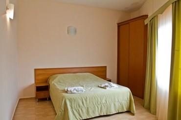 "фото Люкс 4-местный 3-комнатный, Пансионат ""Фея-1"", Анапа"