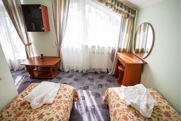 """фото Люкс 2-местный 2-комнатный (коттедж №3), Парк-отель """"Родос"""", Ялта"""
