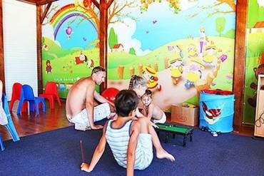 """фото детская площадка, Гостиничный комплекс """"Капля Моря"""", Песчаное"""