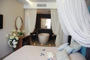 """фото люкс 2-местный 2-комнатный с видом на горы, Пансионат """"Новый Свет"""", Судак"""
