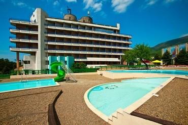 """фото бассейн, ALEAN FAMILY RESORT & SPA BIARRITZ / Биарриц отель (бывш. """"Сосновая роща""""), Геленджик"""