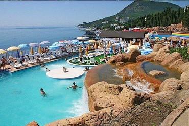 """фото бассейн, Отель """"Миндальная Роща"""", Алушта"""
