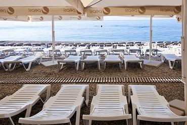 """фото пляж, Отель """"Ялта-Интурист"""", Ялта"""