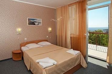 """фото Комфорт 2-местный, Отель """"Хеппи Хотел (Happy Hotel)"""", Ялта"""