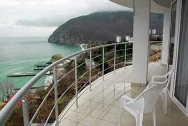"""фото вид с балкона, Отель """"Маджестик"""", Алушта"""
