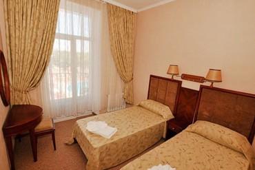 """фото люкс 2-местный 2-комнатный с балконом, Отель """"Украина Палас"""", Евпатория"""