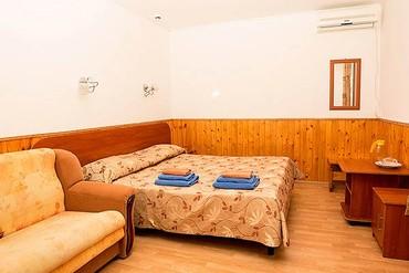 """фото Повышенной комфортности 2-местный 1 комнатный, Пансионат """"Лазурный"""", Геленджик"""