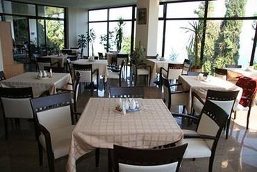 """фото Ресторан, Отель """"Сказка"""", Алушта"""