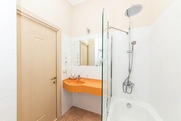 """фото Стандарт 1-местный 1-комнатный, ALEAN FAMILY RESORT & SPA DOVILLE отель (бывш. """"Довиль Отель & SPA"""" SPA-Отель), Анапа"""