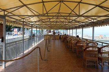 """фото Кафе на пляже, Отель """"Сказка"""", Алушта"""