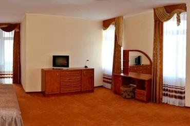 """фото Люкс плюс 2-местный 2-комнатный, Отель """"Норд"""", Алушта"""