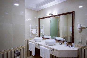 """фото Комфорт, Отель """"Soldaya Grand Hotel & Resort"""", Судак"""