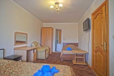 """фото Люкс 3-местный 2-комнатный с балконом,корпус """"А"""" 3 этаж, Гостиничный комплекс """"Орешник"""", Сочи"""