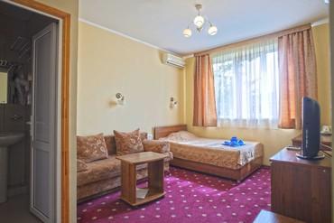 """фото Стандартный 3-местный 2-комнатный без балкона, корп.Д, Гостиничный комплекс """"Орешник"""", Сочи"""