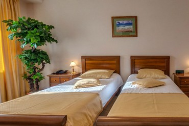 "фото Номер «Люкс» 2-комнатный 2-местный, Пансионат ""Аквамарин"" (Сукко), Анапа"