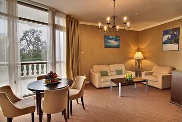 """фото Люкс 2-местный 2-комнатный номер, СПА отель """"Острова"""", Сочи"""