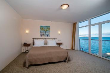 """фото Люкс 2-местный 2-комнатный, Отель """"Левант"""", Ялта"""