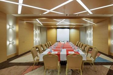 "фото конференц зал, Отель ""Crystal Green Bay Resort & SPA 5*"", Турция"
