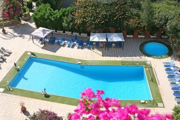 """фото Бассейн, Отель """"Navarria"""" 3*, Кипр"""