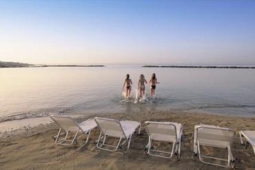 """фото Пляж, Отель""""Almyra Hotel"""" 5*, Пафос"""