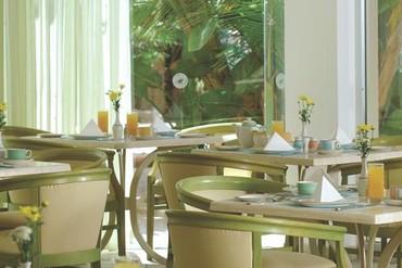 """фото Питание, Отель """"Lordos Beach"""" 4*, Кипр"""