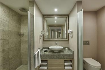 """фото ванная, Отель """"Delphin Deluxe Resort 5*"""", Аланья"""