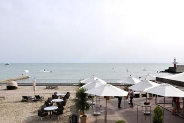 "фото Пляж, Гостиница ""Swissotel Resort Sochi Kamelia"", Сочи"