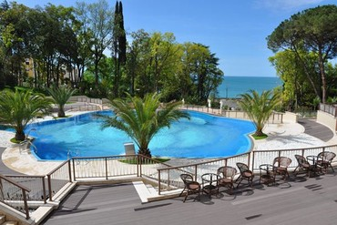 "фото Бассейн, Гостиница ""Swissotel Resort Sochi Kamelia"", Сочи"