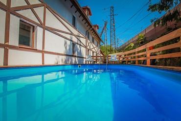 """фото бассейн, Отель """"Генрих 3*"""", Сочи"""