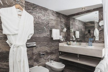 """фото Люкс 2-местный 2-комнатный, Гостиница """"Рэдиссон САС Лазурная"""", Сочи"""