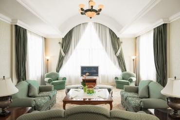 """фото Люкс Президентский 2-местный 3-комнатный, Отель """"Riviera Sunrise Resort & SPA (бывш. Radisson RESORT&SPA ALUSHTA)"""", Алушта"""