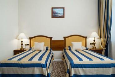 "фото Стандартный 2-местный вид на горы, Отель ""Riviera Sunrise Resort & SPA (бывш. Radisson RESORT&SPA ALUSHTA)"", Алушта"