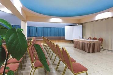 """фото Конференц-зал, Оздоровительный комплекс """"Спутник"""", Сочи"""