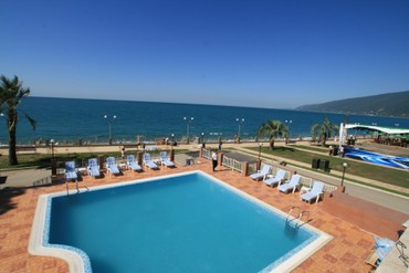 "фото Бассейн, Отель ""Alex Beach Hotel"", Абхазия"
