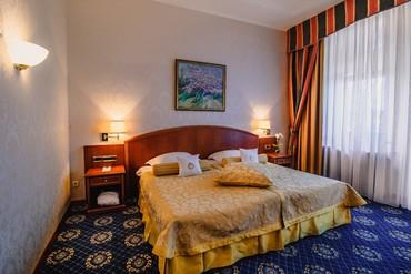 """фото Апартаменты Чехов 3-комнатные 4-местные, Отель """"Ореанда"""", Ялта"""