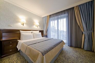 """фото Deluxe Suite Люкс 2-местный 2-комнатный (Президентский), Отель """"Alex Beach Hotel"""", Абхазия"""