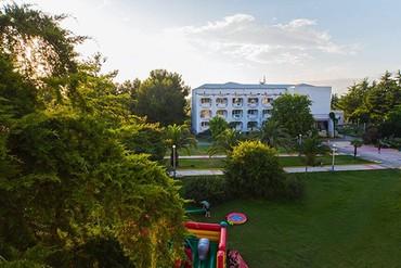 "фото Территория, Пансионат ""Литфонд (Пицунда)"", Абхазия"