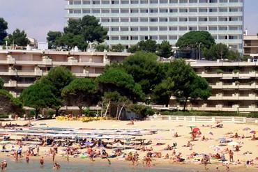"""фото Пляж, Отель """"4R Salou Park Resort I 4*"""", Салоу"""