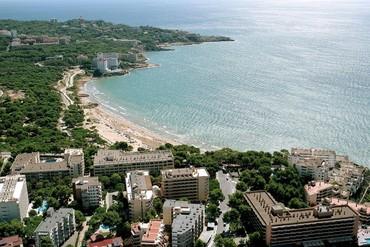 """фото Пляж, Отель """"4R Playa Park 3*"""", Салоу"""