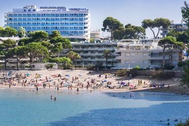"""фото Пляж, Отель """"4R Salou Park Resort II 3*"""", Салоу"""