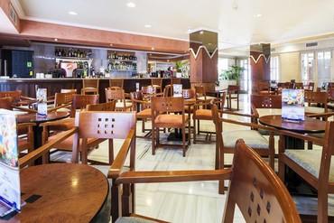 "фото питание, Отель ""Globales Condes de Alcudia 3*"", Майорка"