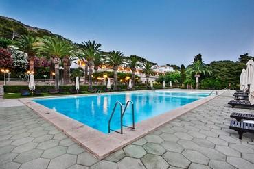 """фото Бассейн, Отель """"Formentor, a Royal Hideaway Hotel 5*"""""""