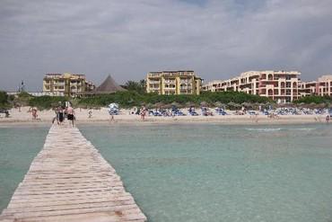 """фото Пляж, Отель """"Family Life Alcudia Pins 3*"""", Майорка"""