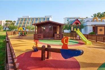 """фото развлечения для детей, Отель """"Protur Sa Coma Playa Hotel & Spa 4*"""", Майорка"""