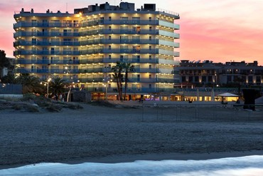 """фото Отель, Отель """"Golden Donaire Beach 3*"""", Салоу"""