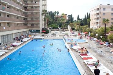 """фото Бассейн, Отель """"H·TOP Royal Beach 4*"""", Испания"""