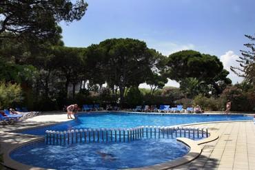 """фото Бассейн, Отель """"Blaumar Costa Brava 4*"""", Испания"""