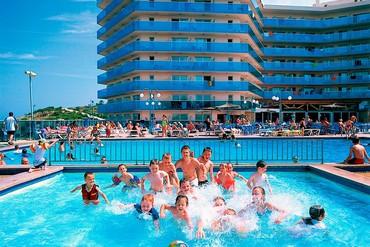 """фото Развлечение для детей, Отель """"Golden Donaire Beach 3*"""", Салоу"""