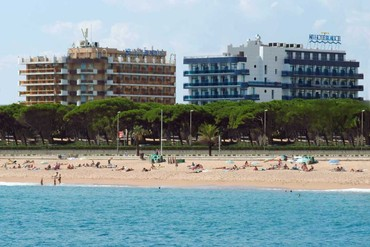 """фото Пляж, Отель """"Blaumar Costa Brava 4*"""", Испания"""