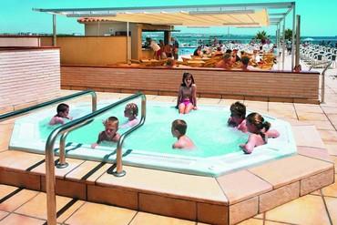 """фото Детский бассейн, Отель """"Golden Donaire Beach 3*"""", Салоу"""